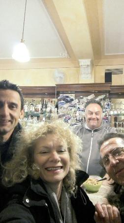 Caffe Venezia : A me è piaciuto molto il vino e soprattutto la tua simpatia caro Stefano!!