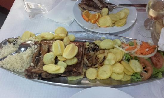 Moita, Португалия: 20160326_203918_large.jpg