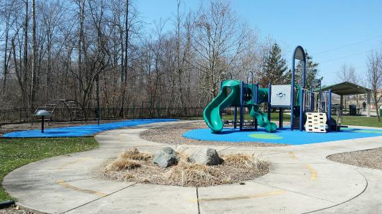 Frog Hollow Boundless Playground