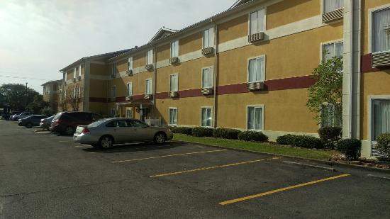 Photo of BEST WESTERN PLUS Vermilion River Suites Hotel Lafayette