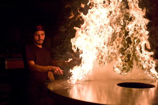 HuHot Mongolian Grill: Lightin' up the HuHot grill