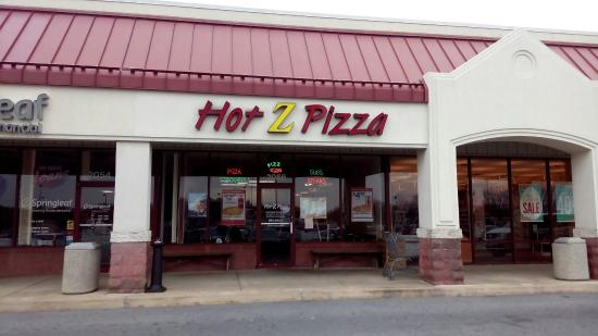 Hot-Z-Pizza