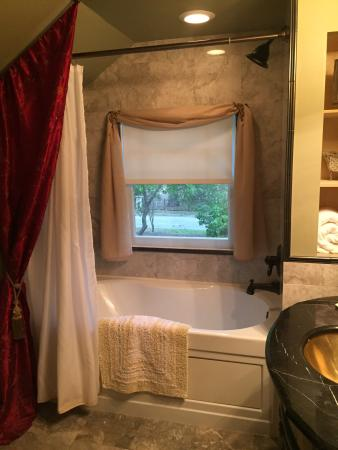 Three Oaks Bed and Breakfast 사진