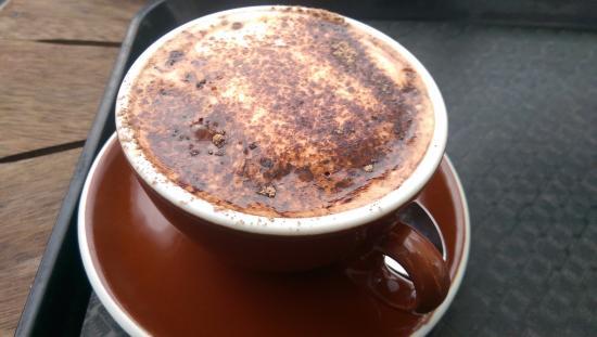 Pop Inn Cafe : Hot Chocolate