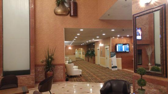 The Clarion Hotel and Conference Center: Taken in the front lobby of the Clarion