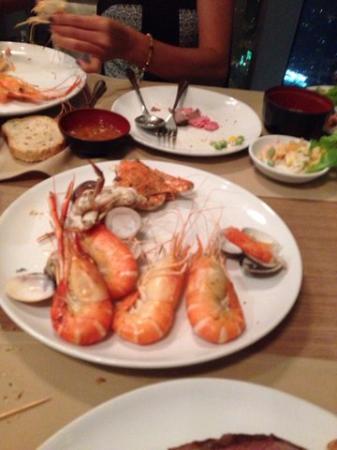 gambas et crabes picture of bangkok sky restaurant bangkok rh tripadvisor com