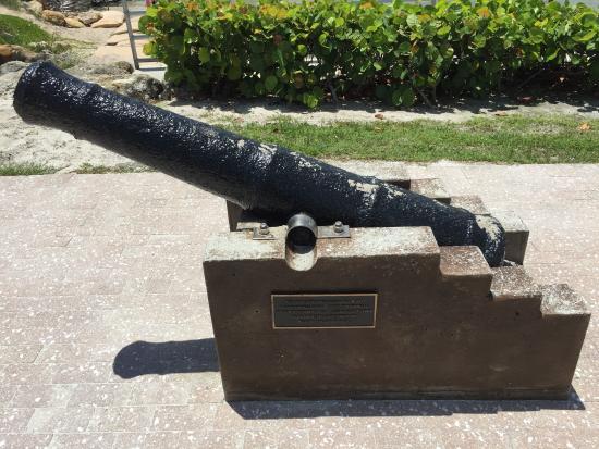 Jupiter, FL: cannon