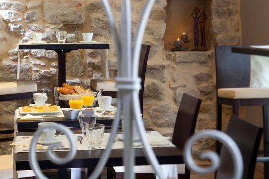 Hotel L'Herbier d Orange : Salle petit déjeuenr