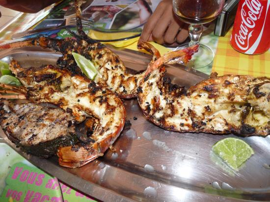langouste grill hummmmmmm picture of la paillote du pecheur guadeloupe tripadvisor. Black Bedroom Furniture Sets. Home Design Ideas