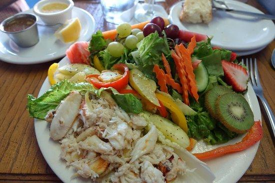 Sharks Seafood Bar & Steamer Co.: Crab Entree