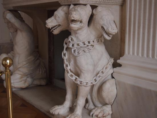 statue of 3 headed dog - Picture of Lazienki Palace (Palac ...