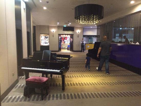 Hilton London Kensington: photo5.jpg