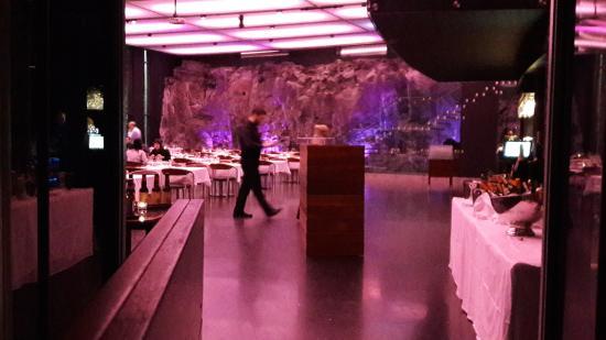 lava restaurant grindavik zdj cie view from our table. Black Bedroom Furniture Sets. Home Design Ideas