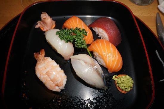 Mataró, España: Cuarta opción del menú nocturno, sushis