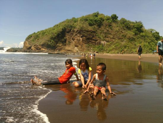 Gambar Pantai Untuk Anak Anak