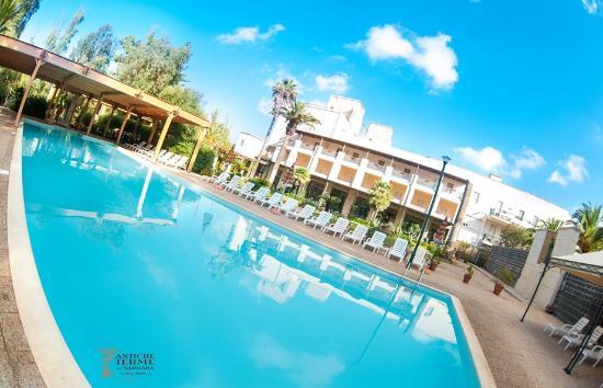 薩爾達拉古浴場飯店