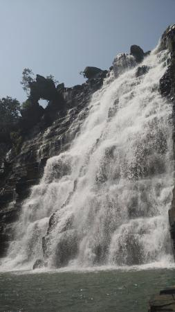 ‪‪Bastar‬, الهند: Tirathgarh falls from the pond area‬