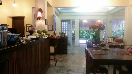 Sourire @ Rattanakosin Island: IMG-20160304-WA0003_large.jpg