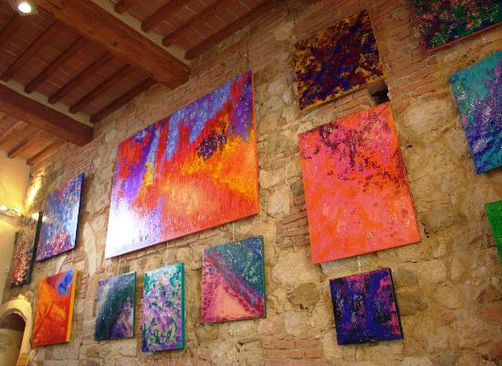 """La Locanda di San Francesco: Locanda's Wine Bar """"E lucevan le stelle"""" - Micaela Cioc Signorini Temporay Exhibition"""