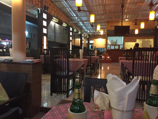Crystal Restaurant and Bar: photo0.jpg