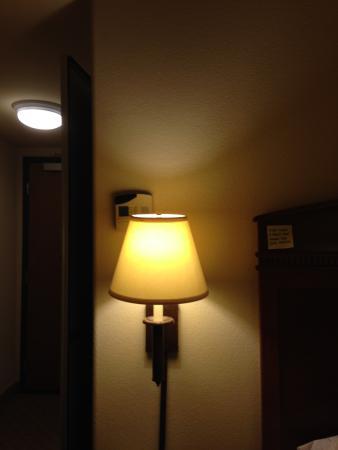 Hampton Inn & Suites Pharr :  rm 404: peek-a-boo thermostat