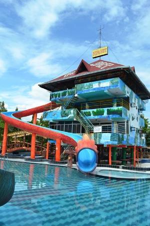 Pool - Picture of Nipa Hut Resort, Luzon - Tripadvisor