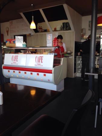 Cafe Delicious Photo