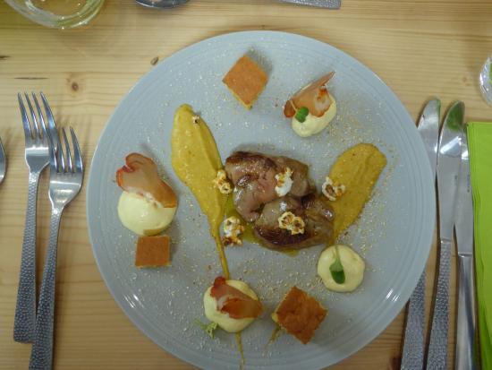 Foie gras po l avec d clinaison de ma s photo de le - Restaurant viroflay le verre y table ...