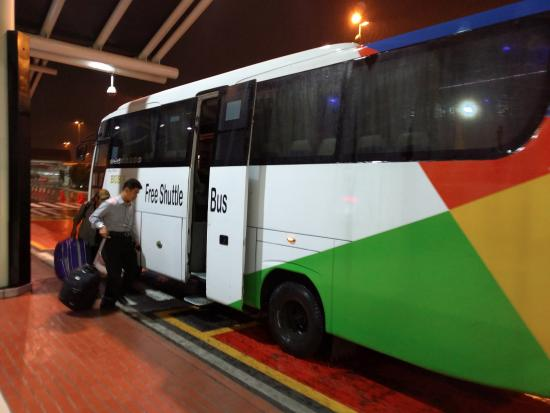 jakarta airport shuttle bus goes to all terminals picture of d rh tripadvisor co nz