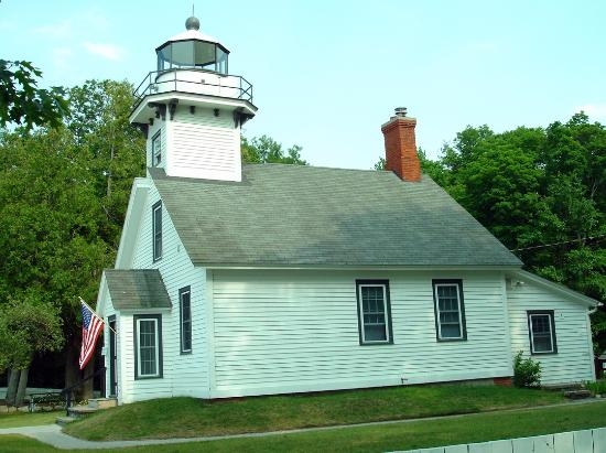 mission point lighthouse on old mission peninsula picture of rh tripadvisor com