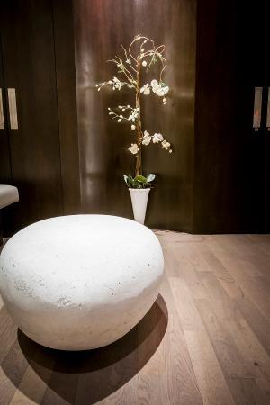 Montreal, Canada: Zen Room