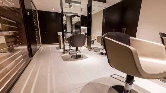 Montreal, Canada: Hair Salon
