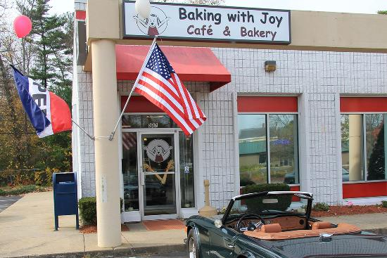 Rockland, MA: Baking with Joy