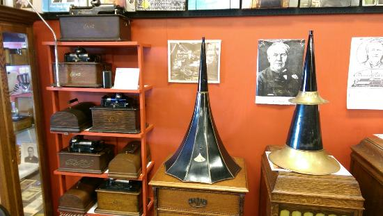 North Vernon, IN: Hayden Historical Museum Inc