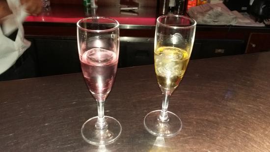 AUX-INDES : Liqueur offerte en fin de repas