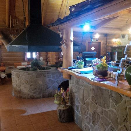 4 Kameny: Interior of the restaurant