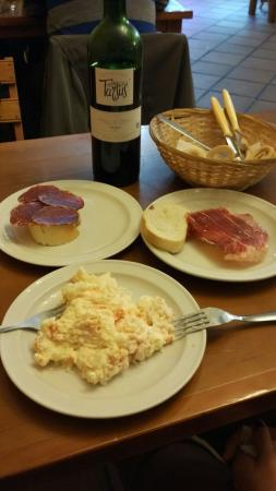 Carne y entrantes el liebre