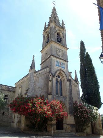 Aigueze, فرنسا: portate con oleandri