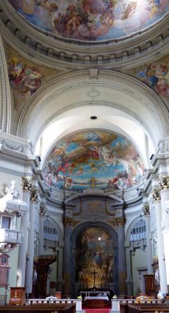 Vac, Ungern: Váci székesegyház, főoltár