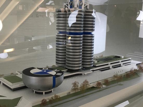 BMW Museum - ミュンヘン、BMW博...