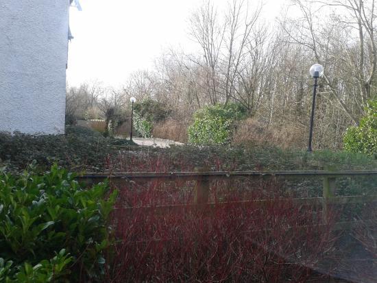 Premier Inn Llandudno (Glan-Conwy) Hotel: Grounds out back