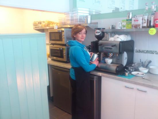 Rhondda Cynon Taf, UK: Coffee?