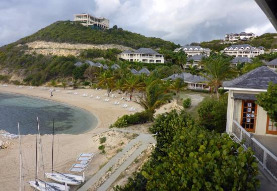 Nonsuch Bay Resort: Looking at beach and resort from restaurant.