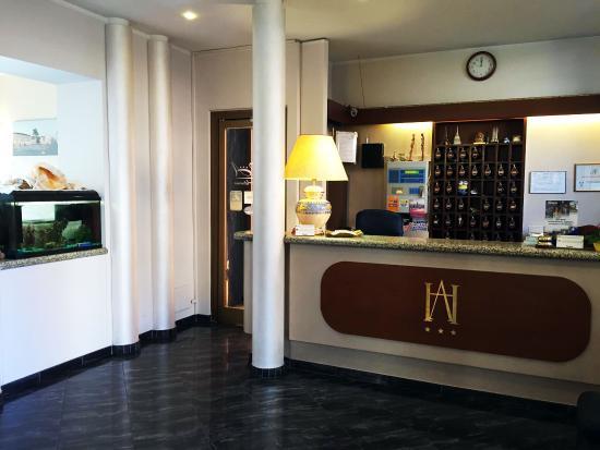 Hotel Adriano : hall