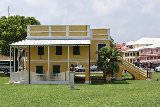 Old Danish Customs House: Aduana