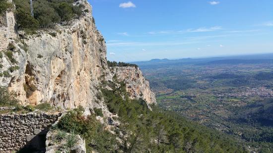 Castell d Alaro