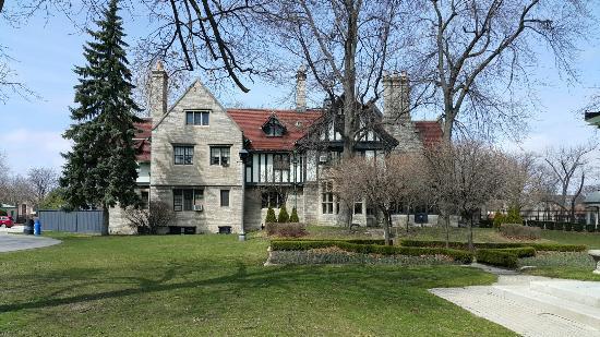 Willistead Manor: 20160326_141612_large.jpg