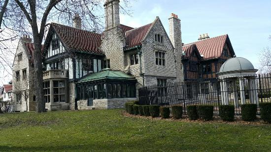 Willistead Manor: 20160326_141726_large.jpg