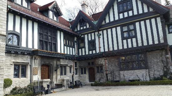 Willistead Manor: 20160326_142353_large.jpg