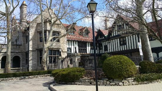 Willistead Manor: 20160326_142549_large.jpg